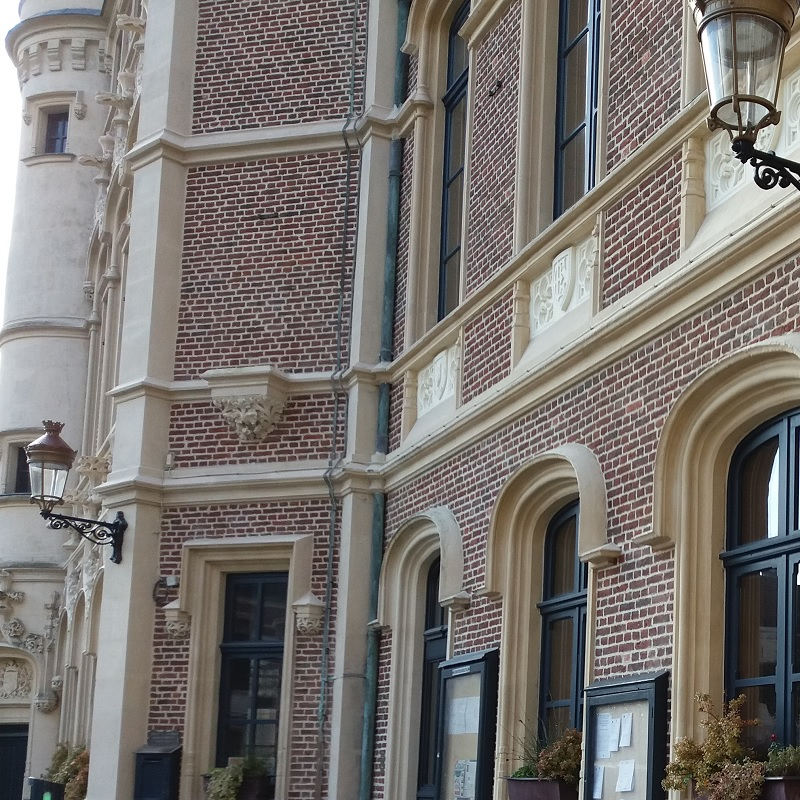Douai architecture